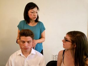 Alexander Technique practitioner Leah Zhang works with a student on the vital head-neck connection.Alexander Technique practitioner Leah Zhang works with a student on the vital head-neck connection.